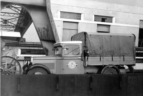 Albania 1933 Genova Imbarco automezzo per AIPA