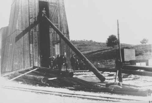 Albania 1934 Devoli manovra tubazioni della sonda Fauch
