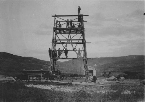 Albania 1934 Sckvetz Montaggio torre di perforazione