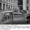 051-1956-enrico-mattei-accompagna-in-visita-a-metanopoli-on-segni