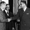 054-1956-enrico-mattei-ed-il-presidente-egiziano-gamal-nasser