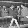 032-1952-enrico-mattei-con-alcide-de-gasperi-a-caviaga