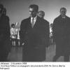 083-1958-mattei-con-lo-scia-di-persia-in-visita-a-metanopoli