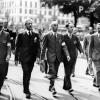 003-1945-maggio-comitato-di-liberazione-nazionale-sfilano-per-milano-liberata